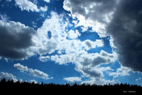pocztówka z Sarbinowa ... wczorajsze, chmurzaste niebo w południe ... #wakacje #urlop #Sarbinowo