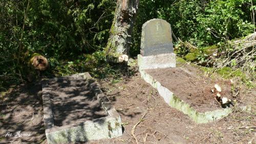 Góra - cmentarz - 2015.05.24 #Góra #Pianki