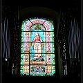 Witraz nad głownym wejściem, przez który trudno bylo zrobić zdjęcie organom poniewaz znaduje sie posrodku nich i bardzo rozświetla #kościół