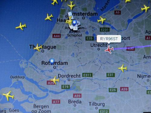Bliscy w powietrzu i możliwość śledzenia lotu to jest to:)